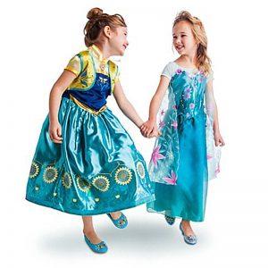 Chị em Elsa and Anna