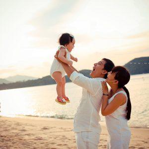 Gia đình đi biển