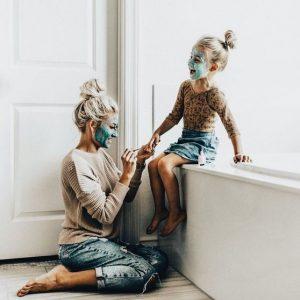 Mẹ và bé cùng làm đẹp